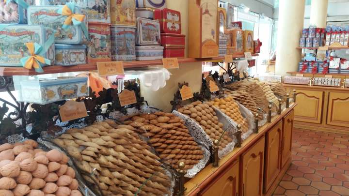 french biscuits at la cure gourmande