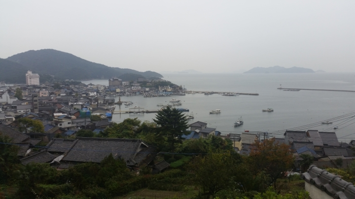 cliff view of tomonoura traveljapan