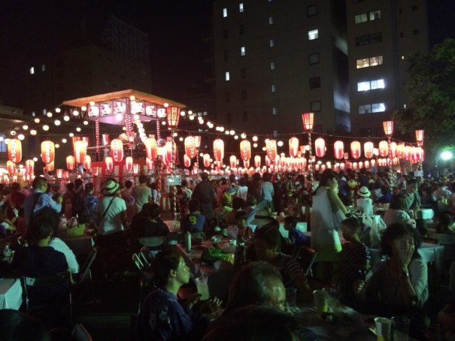 Summer matsuri festivals in Japan feature lots of street food stalls often with lanterns