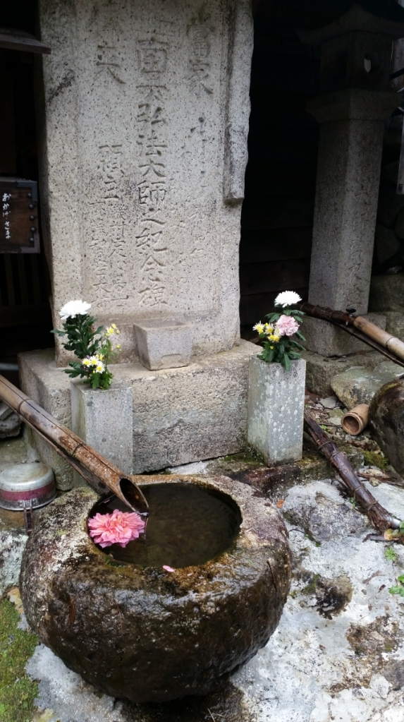 walking the nakasendo road from tsumago to magome traditional japan
